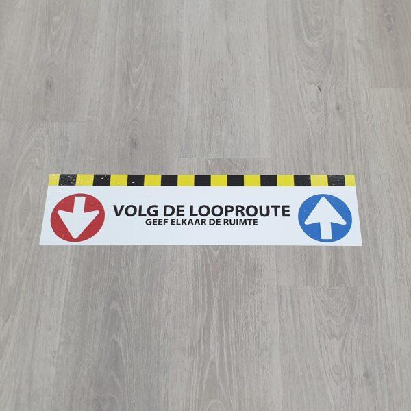 Vloersticker corona volg de looprichting Pijl delft zoetermeer 2 rechts lopen